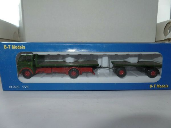 B T Models A013A 1/76 OO Foden DG 2 Axle Flatbed & Drawbar Trailer Green / Red